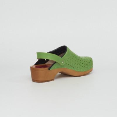 Holzclogs grün Luftlöcher & Fersenriemen