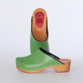 Clogs Holzclogs grün gepolsterter Spann Luftlöcher